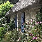 BucketList + Live In An English-Style Cottage ... = ✓