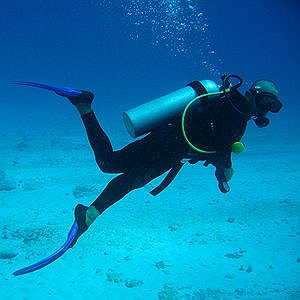 Learning to Scuba Dive #sea #padi