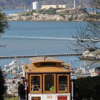 BucketList + Ride The Cable Cars In San Francisco