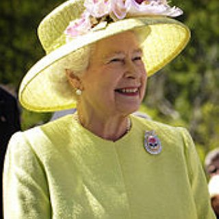 BucketList + Have Tea With The Queen Of England