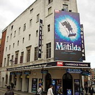 "BucketList + Watch The ""Matilda"" Musical In London"