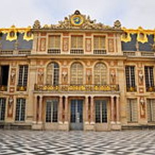 BucketList + Go To Palace Of Versailles
