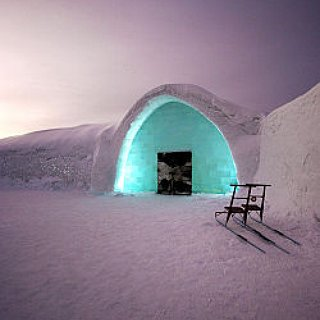 BucketList + Stay In The Ice Hotel And See The Northern Lights