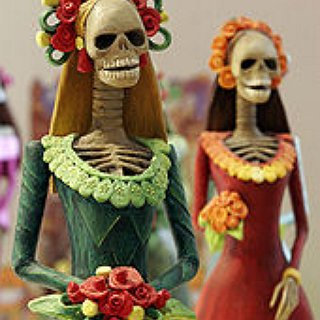BucketList + Attend A Day Of The Dead Festival