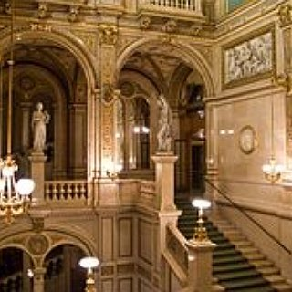 BucketList + Attend An Opera At The Vienna State Opera House