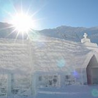 BucketList + Stay At The Ice Hotel Sweden