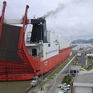 BucketList + Cruise Through The Panama Canal