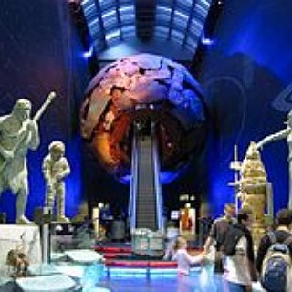 BucketList + Go To The Smithsonian Natural History Museum