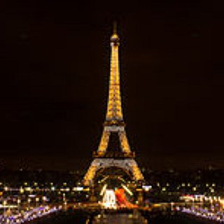 BucketList + Go To Paris And Visit All The Main Tourist Attractions