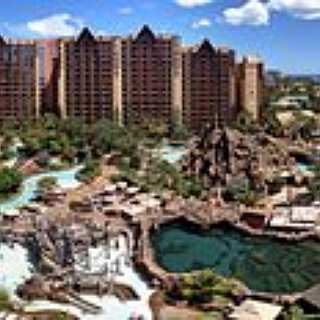 BucketList +  I Want To Travel On A Cruise Ship , I Want To Go To Aulani Disney