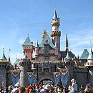 BucketList + Go To Disneyland In America With My Family
