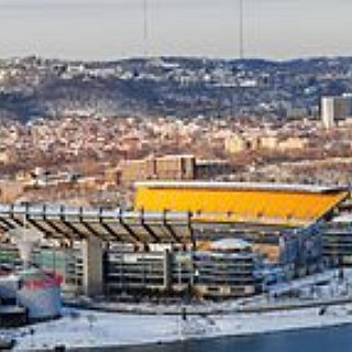 BucketList + Attend A Pittsburg Steelers Home Game