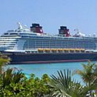BucketList + Watch My Favorite Disney Movie On Deck Of Disney Cruise