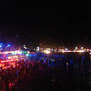 BucketList + Take Part In A Full Moon Party In Thaïlande