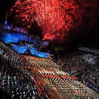 BucketList + Go To The Edinburgh Military Tattoo